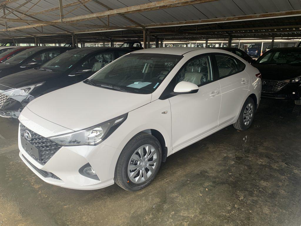 Hyundai Accent base 2021 2