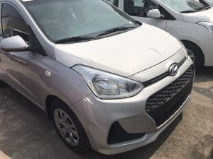 Grand i10 1.2MT hatchback base 2021