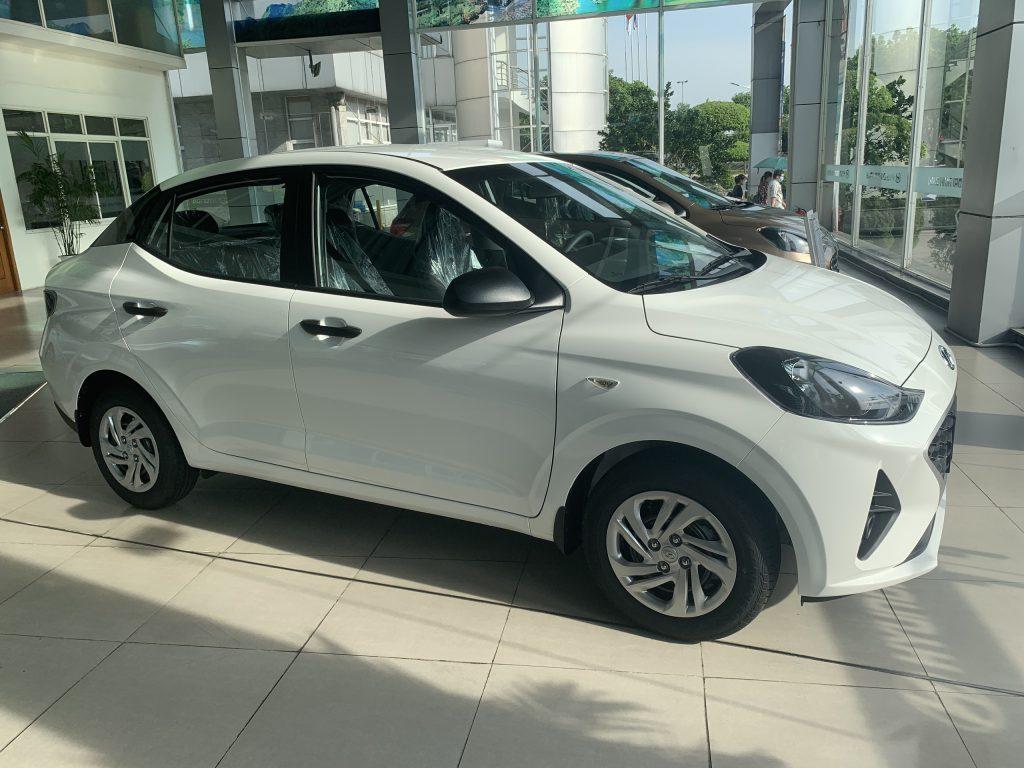 Hyundai NB i10 sedan base 6