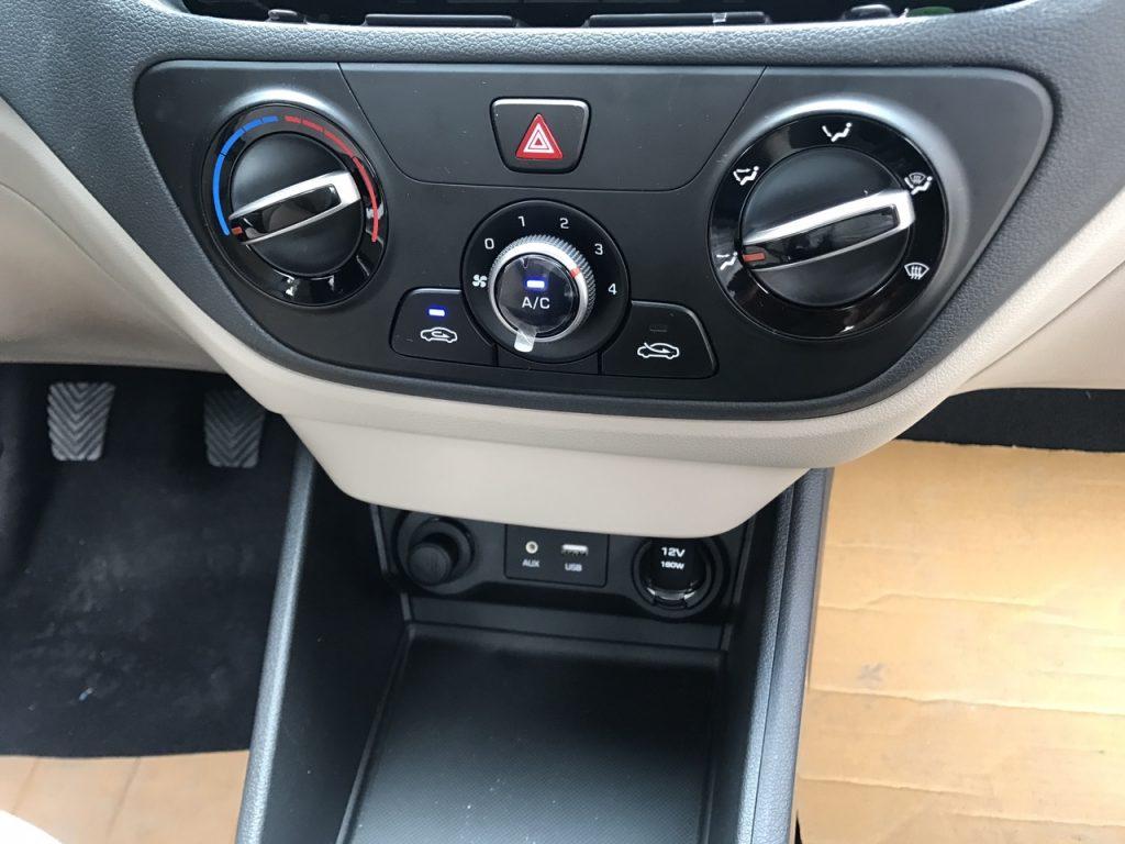 Hyundai Accent base 2021 5