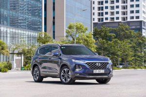Hyundai Santa Fe đại náo thị trường, vượt mặt Toyota Fortuner