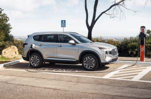 Tìm hiểu hệ thống Smartsense được trang bị trên Hyundai Santa Fe 2021